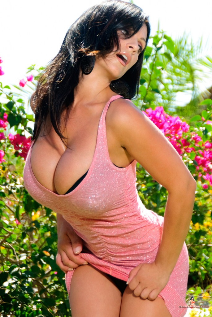 Denise Milani site Last Update!
