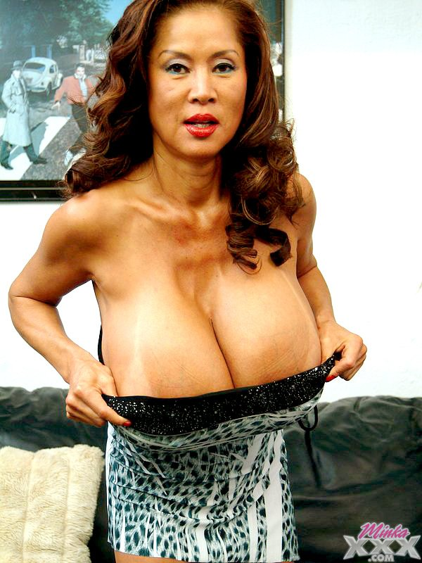 She?! Big tits minka has