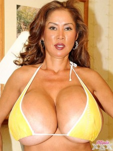 minka big silicone boobs