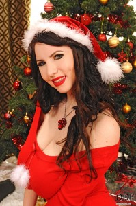 busty girl Karina Heart santa babe new big tits gallery by www.2busty.net