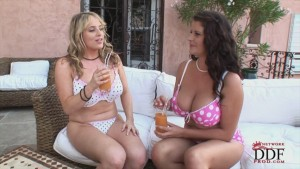 Busty Maggie Green new movie on ddfbusty.net