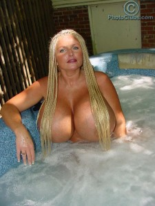 bb big naked boobs