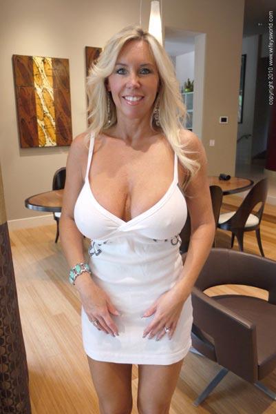 Big boob nicole peters