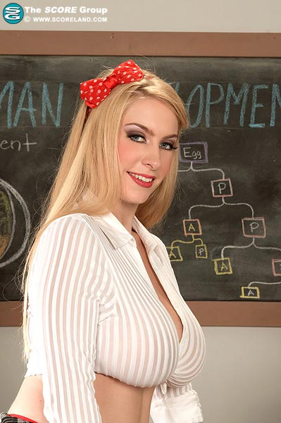 The new update of big busty 36DD Kali West for Scoreland