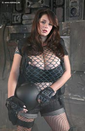 This is another very good photo set of 49J Nadine Jansen