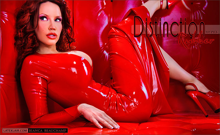 """""""Black Christmas"""" is the last gallery of Bianca Beauchamp"""