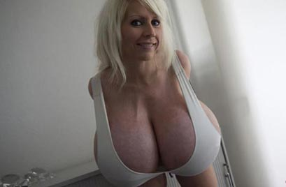 "Beshine in ""White everyday bra for giant boobs"""