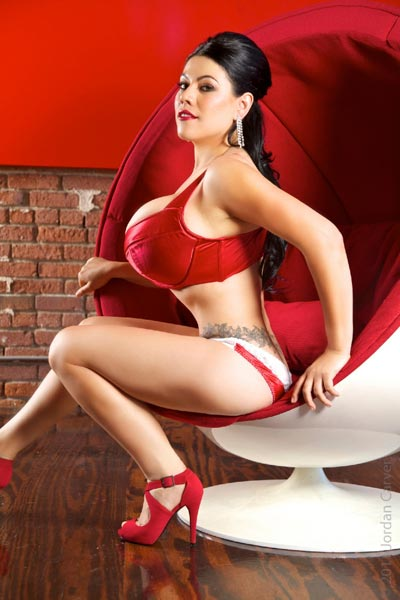 Super sexy Jordan Carver released 3 updates for Christmas