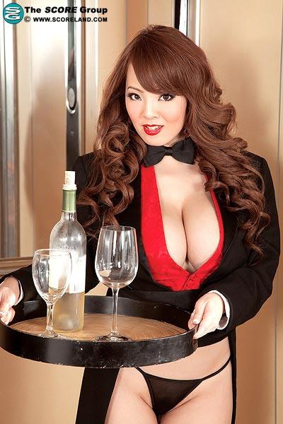 Hitomi Tanaka: Happy New Year 2012