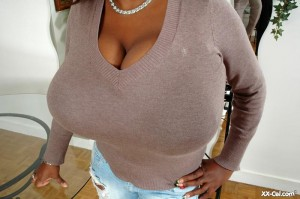 big boob ebony Miosotis Claribel