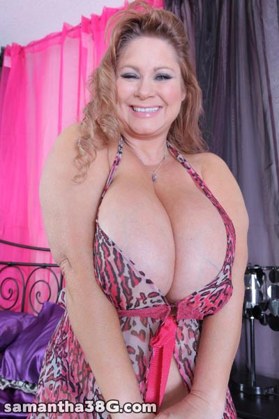 click here to visit the official website of charismatic milf with