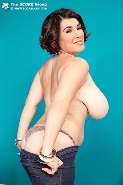 gregory big tits Elaina