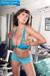 huge natural boobed brunette Valory Irene