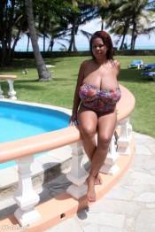 ebony tits Vanessa Del