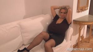 blonde milf Nelli Roono