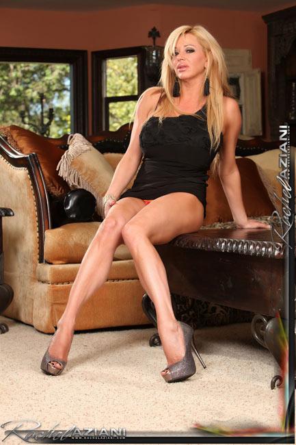 New amazing photosets @ Busty Rachel Aziani's website!