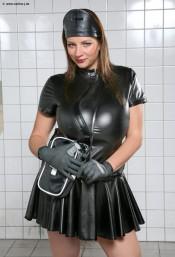 Nadine Jansen pics