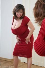 super sexy and busty Milena Velba