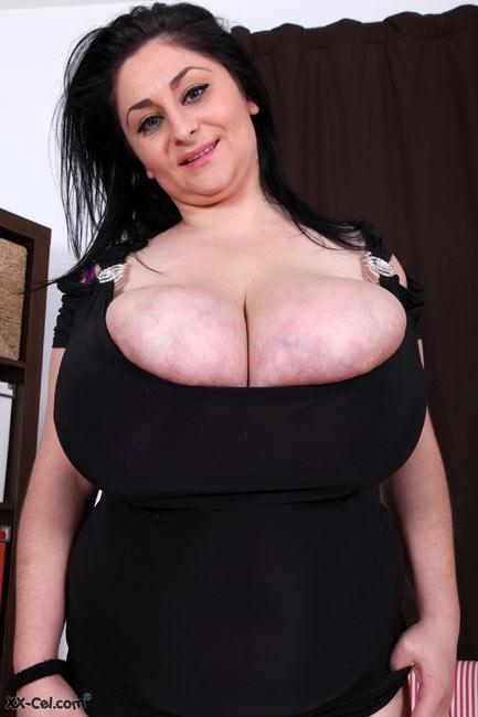 Romanian Huge Boobs BBW