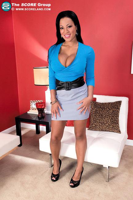 Natasha Dulce: 38DD slim and busty girl from Florida