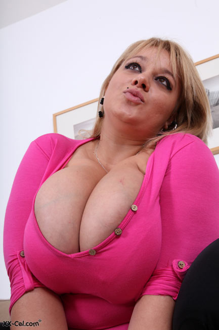Big black ass wife spank