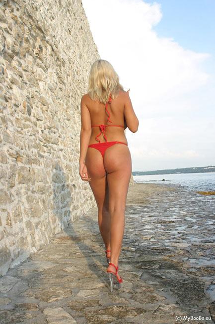 Busty Ines Bikini 98