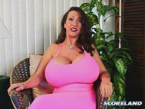 casey james fake boobs