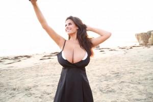 beach tits selfie