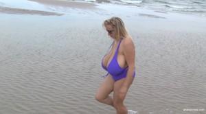 abbi bikini