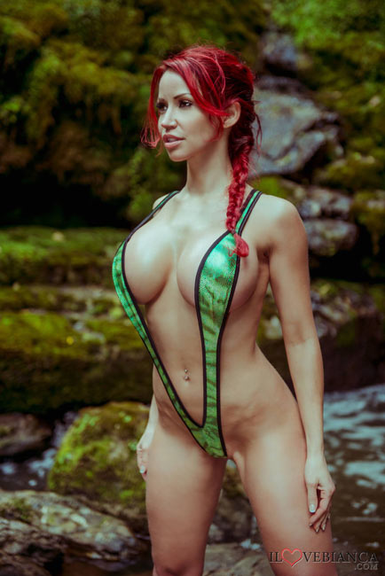 """Bianca Beauchamp – All there is to say is """"Simply beautiful"""""""