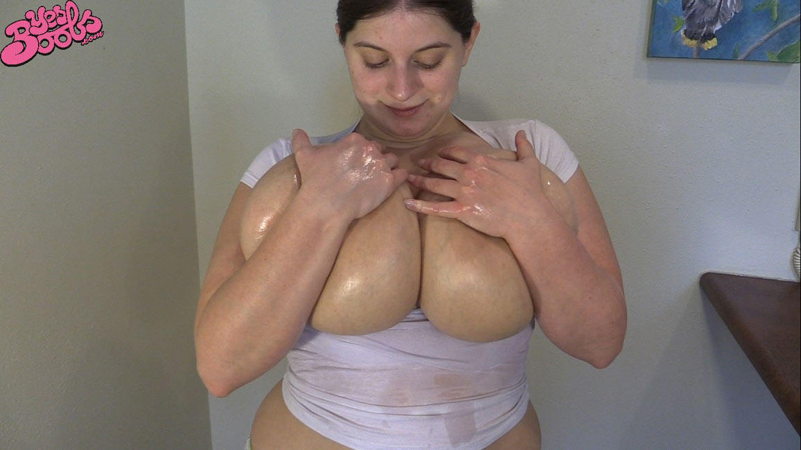 sexy women topless being fingered