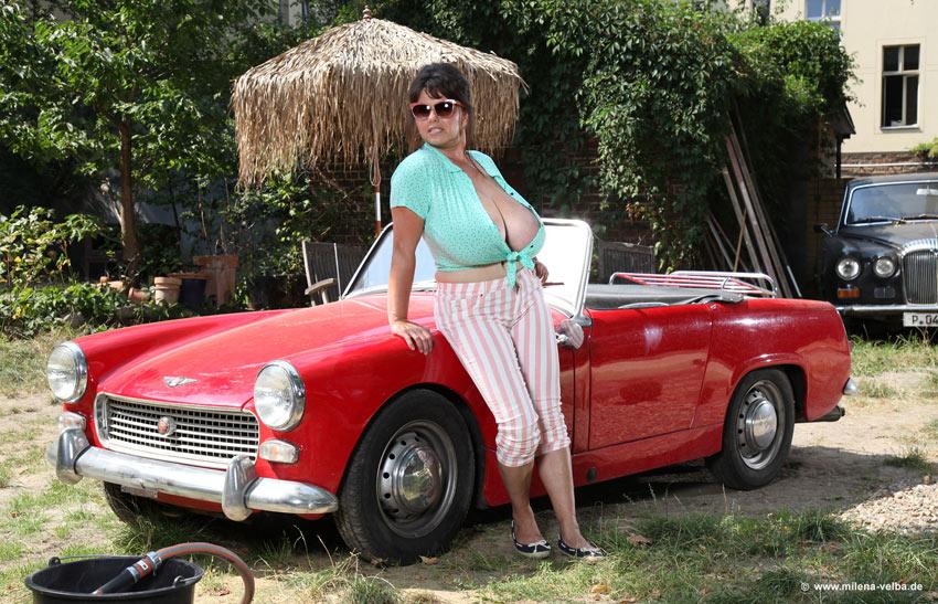 Milena Velba – 63′ Austin