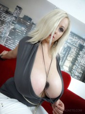 2busty agnetis miracle