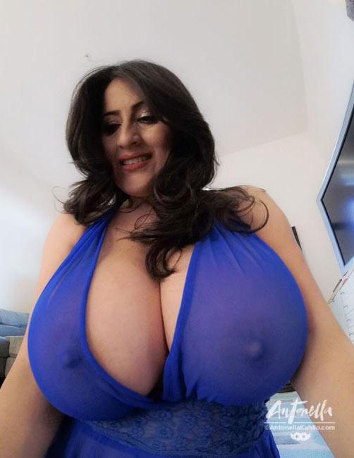 tits selfie Monster