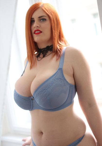 The lovely and big breasted Alexsis Faye start her own website