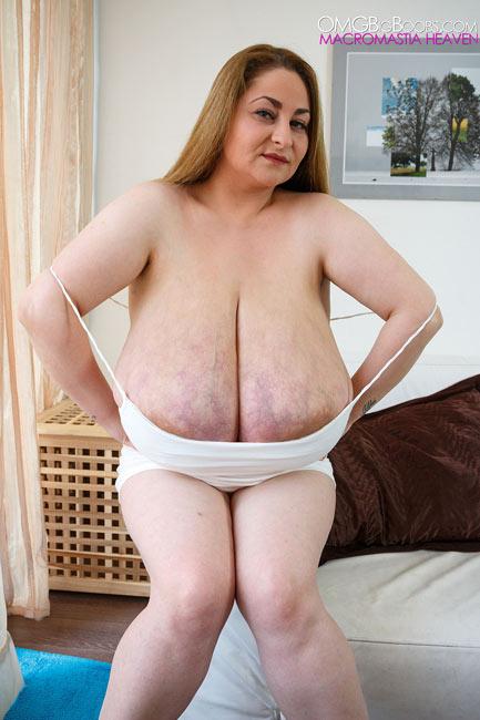 Alice big natural boobs