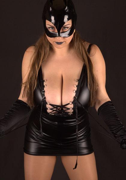 Voluptuous Kinky Mistress – Samanta Lily