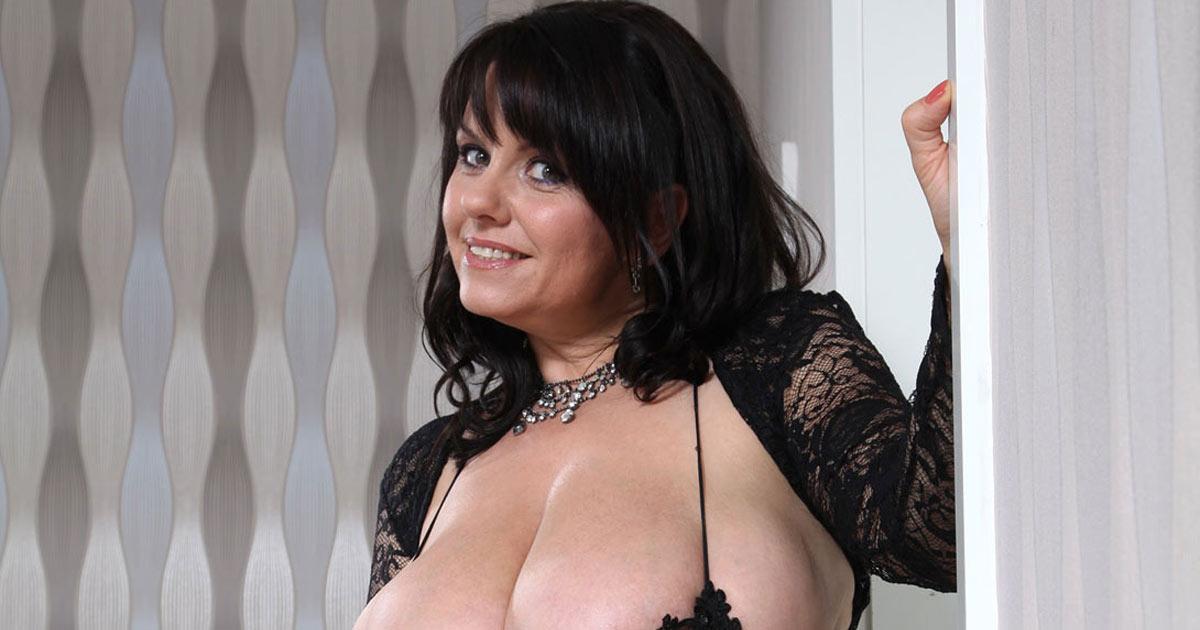 girls naked split pussy