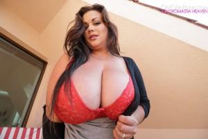 nila mason huge bra