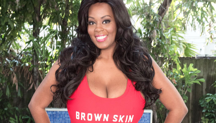 Amora Lee in Beautiful Oiled Breasts
