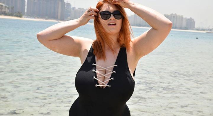 Alexsis Faye – So beautifully massive boobs