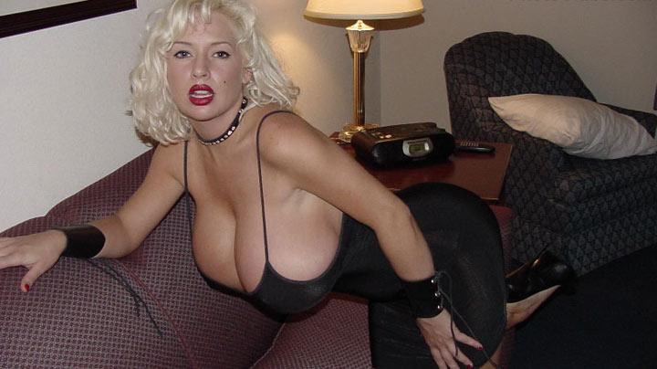 Sarenna Lee at PhotoClubs