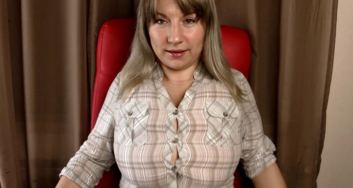 Destroying My Blouses – Samanta Lily